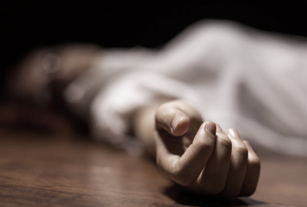 1-female-corpse_000021272346_Small