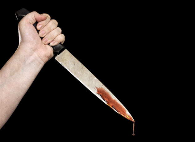 2-hand-bloody-knife_000035568450_Small