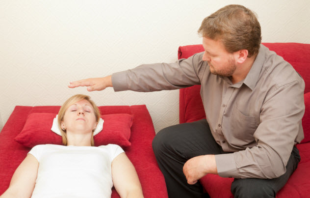 5-hypnotherapy_000016987050_Small