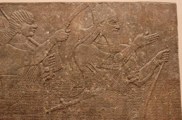 640px-Ashur-nasir-pal_II_Louvre_AO19851