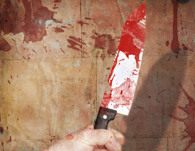 10-bloody-kitchen-knife_000058519550_Large