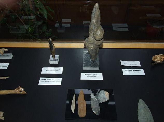2-malta-figurines
