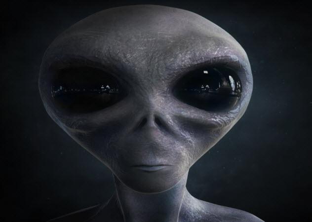 4-alien_000067674129_Small