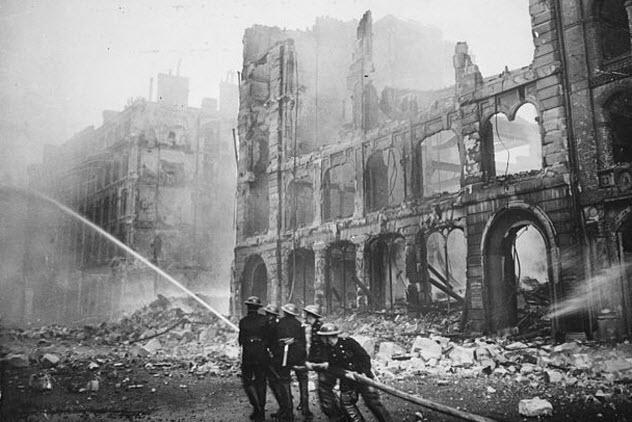 8-london-bombing-wwii
