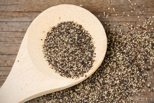 9a-black-pepper-wooden-spoon_19508381_SMALL