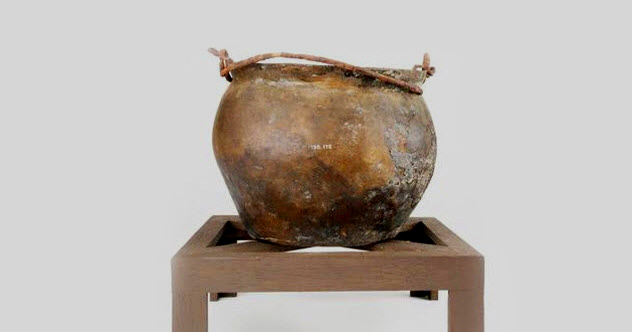 10c-roman-copper-kettle