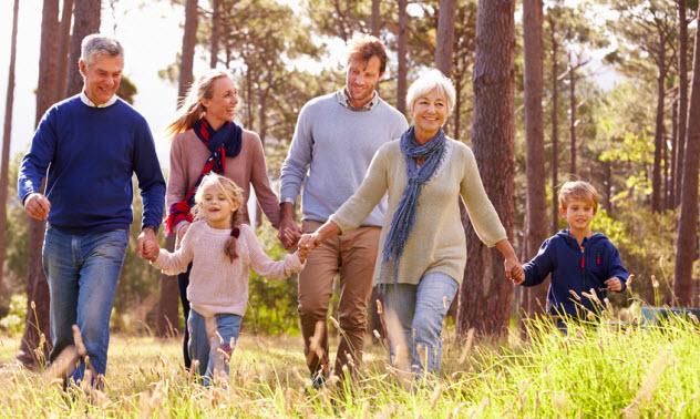 6a-happy-nature-walk_73792689_SMALL