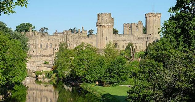 3a-warwick-castle