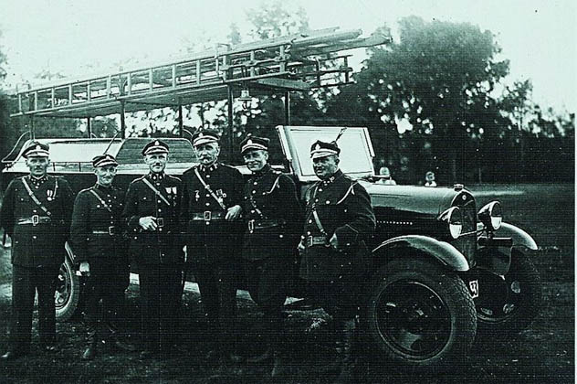 5- polish firefighters
