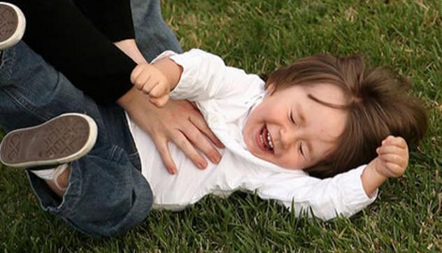 8-tickling-child