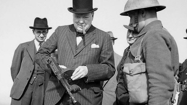 2a-churchill-with-gun