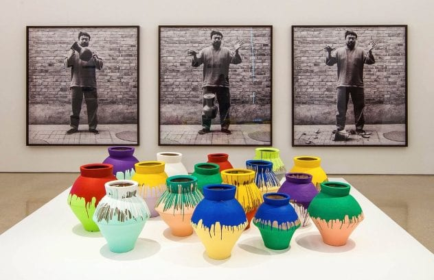 colored-vases