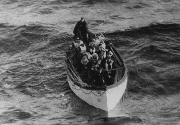 4-titanic-lifeboat-passengers
