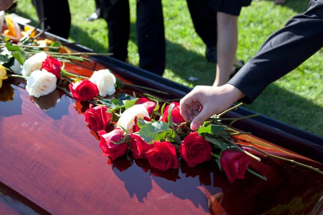 5a-funeral_27213729_small
