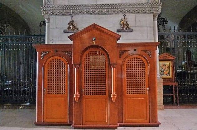 3-confessional