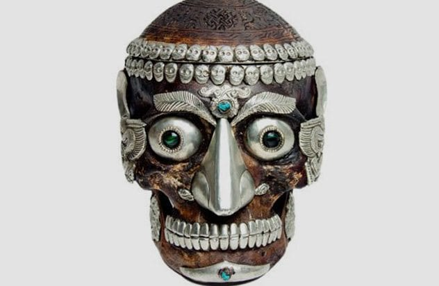 10 bizarre objects made from human skulls - listverse, Human Body