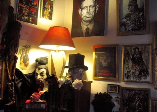 9-vampire-museum