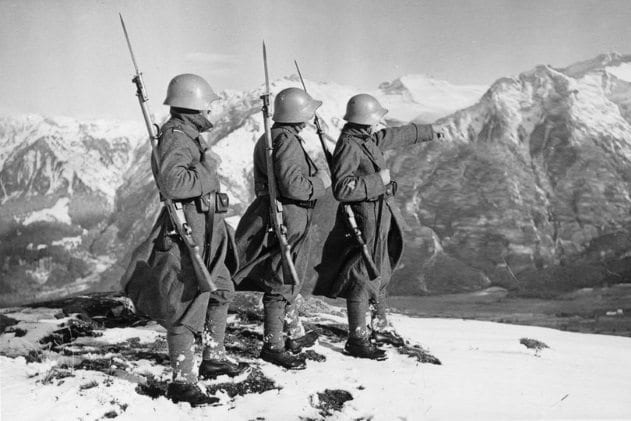 swiss-soldiers