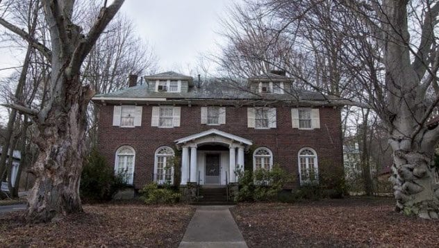 7a-brookline-sister-death-home