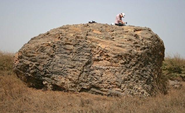 santiago-boulder Tsunami
