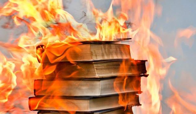 4c-stack-of-burning-books-157647001