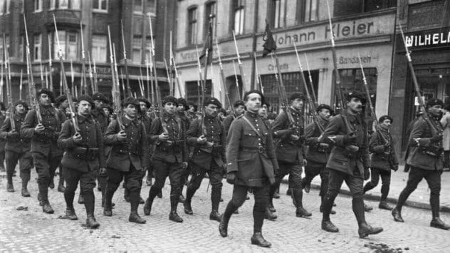 9-french-troops-in-the-ruhr