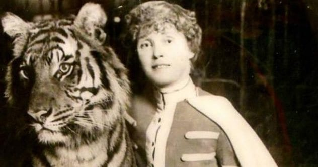Photo of 10 Fearless Female Daredevils