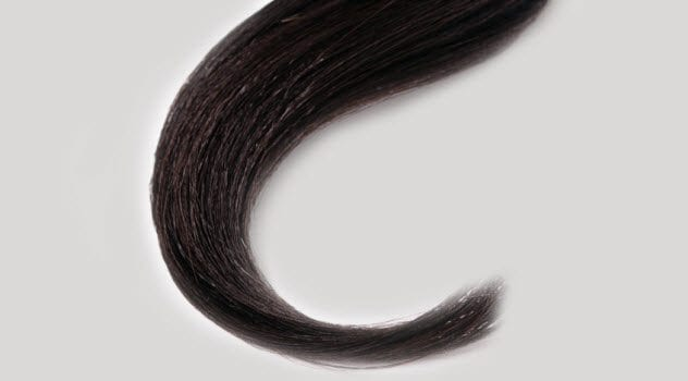 4cc-dark-hair-lock-147912829