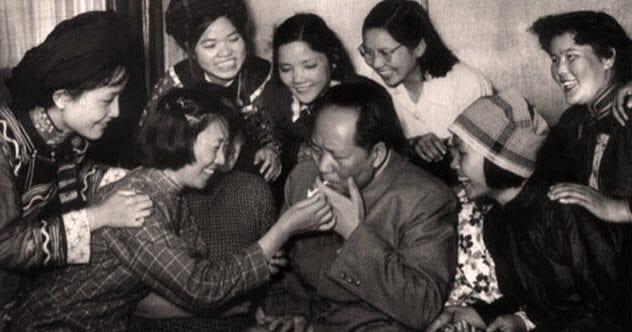 Whores Mao