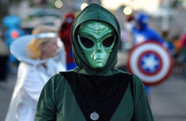 """roswell the ufo capital of the world How the roswell ufo theory got started  on ranch in roswell region"""" —that instantly turned the town into the nation's ufo capital."""
