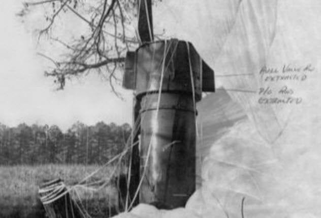 4-goldsboro-b-52-crash