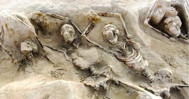 Shackled-Skeletons