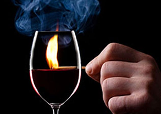 glass_of_wine_with_matchstick