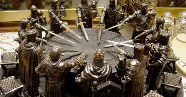 10 Knights Of The Round Table You've Never Heard Of