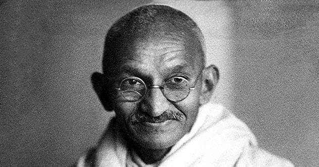 Photo of 10 Totally Baseless Ways People Have Tried To Slander Gandhi