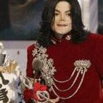 Top 10 Bizarre Award Show Moments