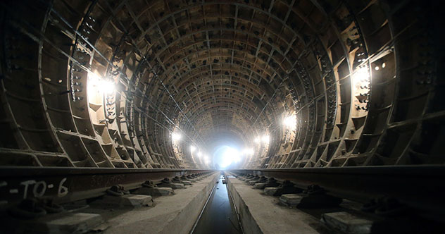 Top 10 Mysterious Facts About Russia's Secret Metro-2 Railway