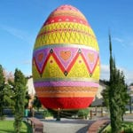 10 Images Of Easter Celebrations Worldwide